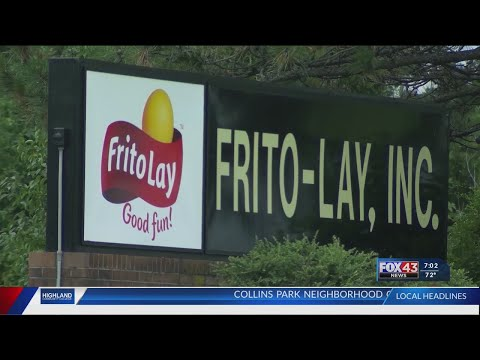 Frito Lay union workers on strike, picketing outside plant in Topeka
