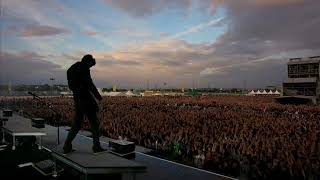 Linkin Park- Bleed It Out + Reading My Eyes + A Place For My Head (live in Oberursel, Germany 2011)