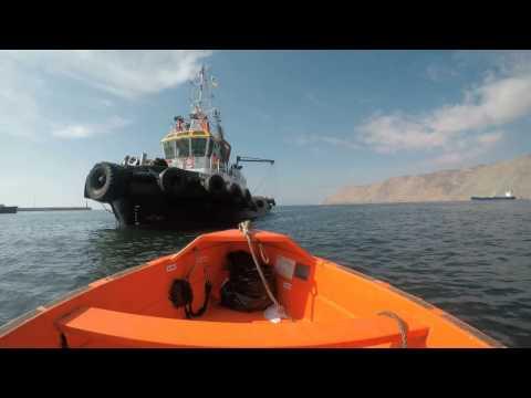 Remolcadores en puerto de Iquique
