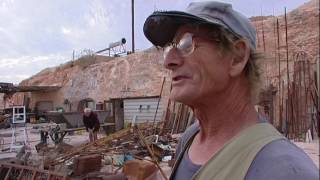 Doug moves on from his Coober Pedy Dougout