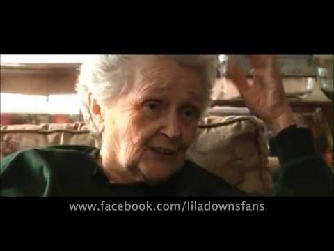 1 Giant Leap - Solita sin soledad - Lila Downs & Carlos Santana - Videoclip