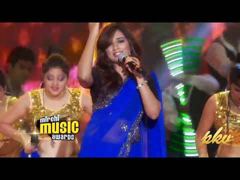 Shreya Ghoshal Hot Stage Show HD /Travel Diaries