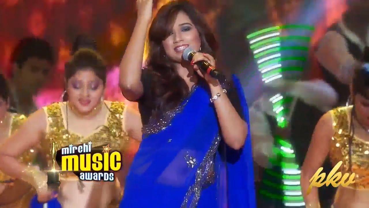 Shreya ghoshal live stage show hindi songs youtube.