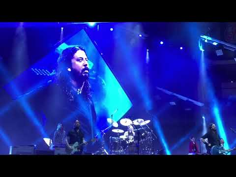 "Foo Fighters- ""Everlong,"" ""my hero"", ""run,"" "" under pressure"" live Sioux Falls 11-11-17"