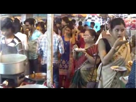 Street Foods Of India  Chicken Momo, Kabab, Fish Fry, Butter Fry, Pakoda Of Barasat, West Bengal