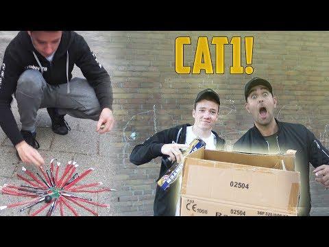 CAT 1 VUURWERK AFSTEKEN! | MET PYROBOY ZB!