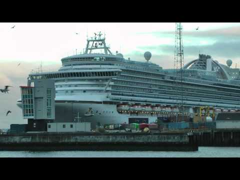 Emerald Princess leaving Greenock 15th sept 2012