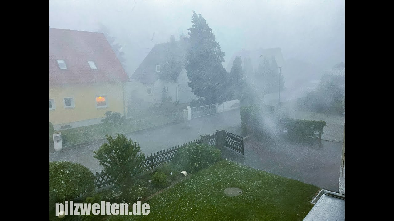 Hagel, Sturzfluten, entwurzelte Bäume Unwetter setzt Bayern zu ...