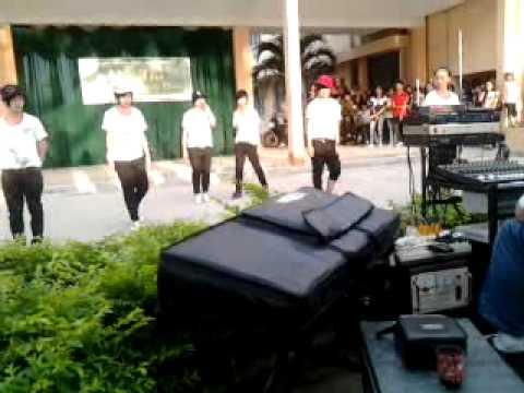THPT Hùng Vương 10a4 - Passion - 10/03/2011.mp4