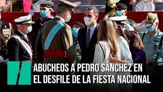 """Abucheos y gritos de """"¡Sánchez dimisión!"""" antes del Desfile por el Día de la Hispanidad"""