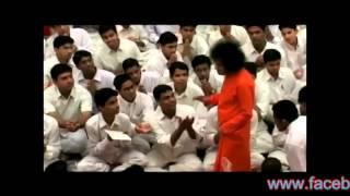 Prasanthi Mandir Bhajan.....Aanandamaya Bhagawan.....