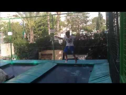 Chol HaMoed Pesach 5775 Mini Golf Jumping