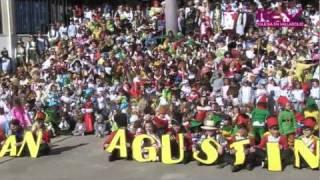 el colegio san agustn junta a 951 disfrazados para batir record guinness 17 2 2012 mp4