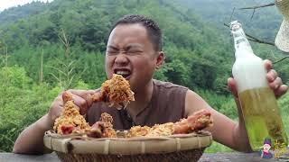 【山藥村二牛】10個雞腿6袋泡麵,裹上雞蛋液放油鍋一炸,隔壁小伙饞哭了