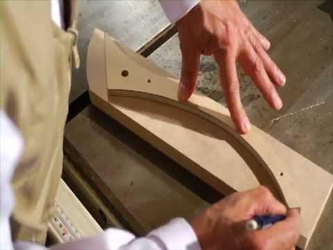 Corte con sierra de cinta sinf n de mdf creando con - Sierra para cortar madera ...