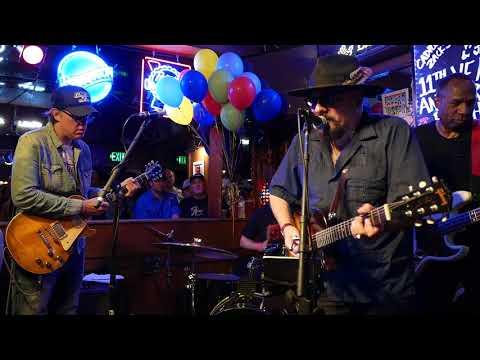 Jimmy Vivino & Joe Bonamassa - Oh Pretty Woman - 8/27/18 Maui Sugar Mill - Tarzana, CA