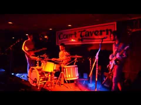 The Bottom - Live at the Court Tavern