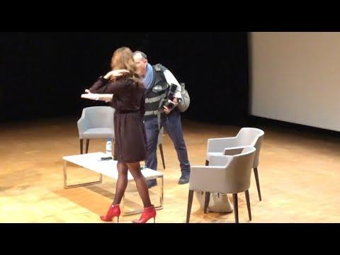 "Amy Acker Talks ""Person Of Interest"" @ Comic-Con Paris 2019"