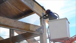 pískování dřevěné konstrukce