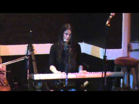Live On Broadway   Phildel & Gill Edwards   Beside You (Dedicated To Lydia)   29 06 2013