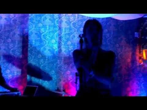 Клип Pawws - Give You Love