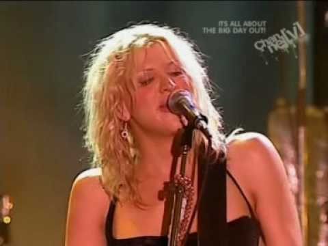 Hole - Doll Parts (Live from Big Day Out 1999)