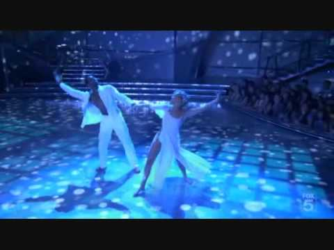 52 Twitch and Kherington's Viennese Waltz (Part 1 the performance) Se4Eo8.