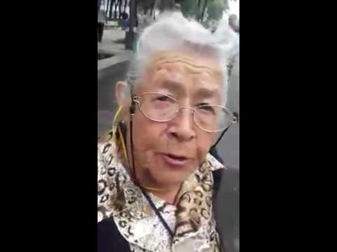 Abuelita de 87 años manda mensaje a Peña Nieto y a Mexicanos