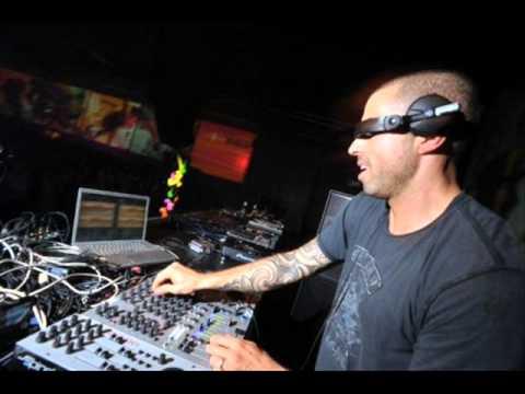 Chris Liebing live @Sensation Black 13-07-2002 (Olanda)