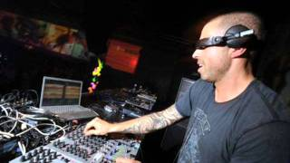 Chris Liebing live @Sensation Black 13-07-2002 (Olanda)