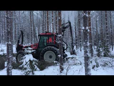 Valtra A93 harvester with Nisula 325H...made by Nisula Forest Oy