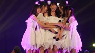 FANCAM   Shania Graduation Song - Namida no sei ja nai   JKT48 High Tension HSF, SMESCO Hall, 300319