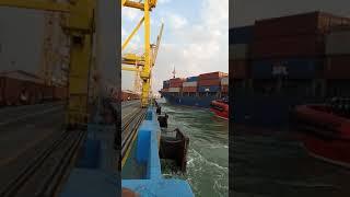 Video amatir Insiden kapal mv soul luck tabarak crane(1)