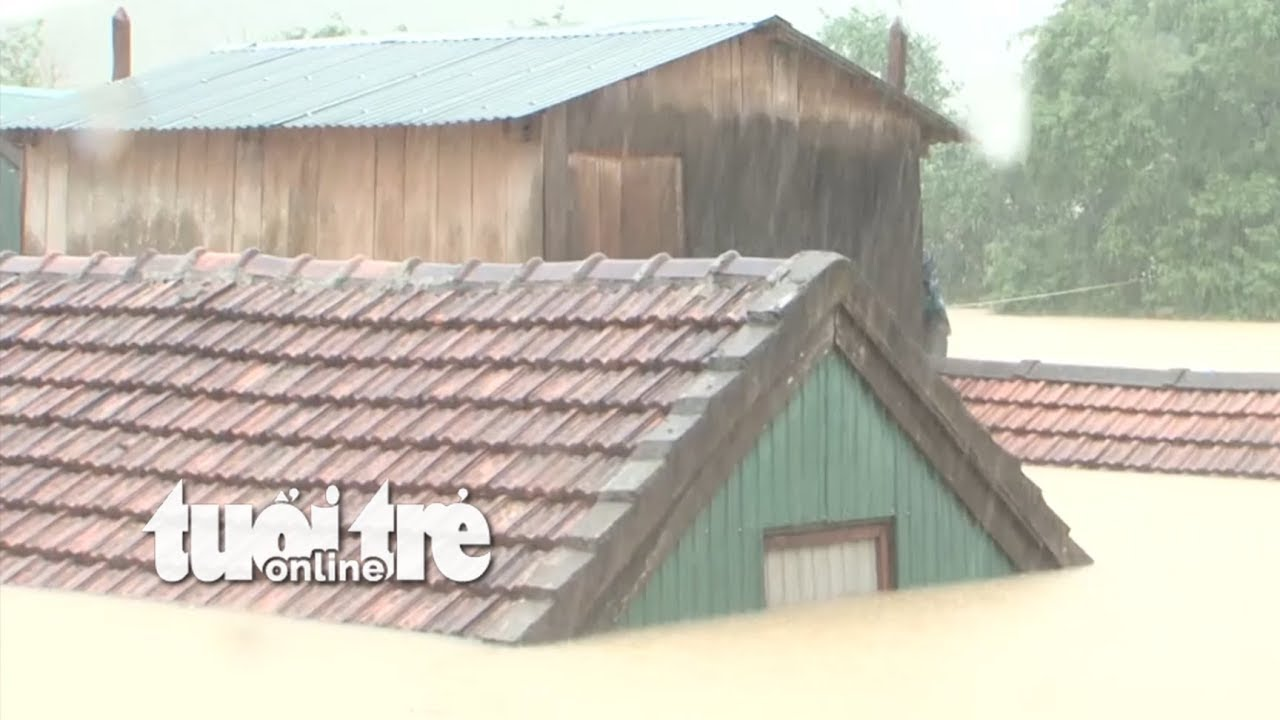 Qua cơn Bão - Quảng Bình nhà ngập trong nước
