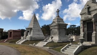 An Egyptian Pyramid in This New Orleans Cemetery