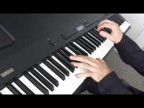 One  from A Chorus Line selección  Piano: Alberto Macedo