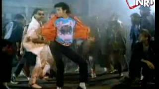 Wanna be starting something - Michael Jackson feat. Akon.mp4