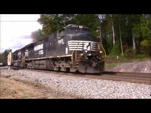 NORFOLK SOUTHERN TRAINS SHOT IN MABLETON,GA.11-21-2017