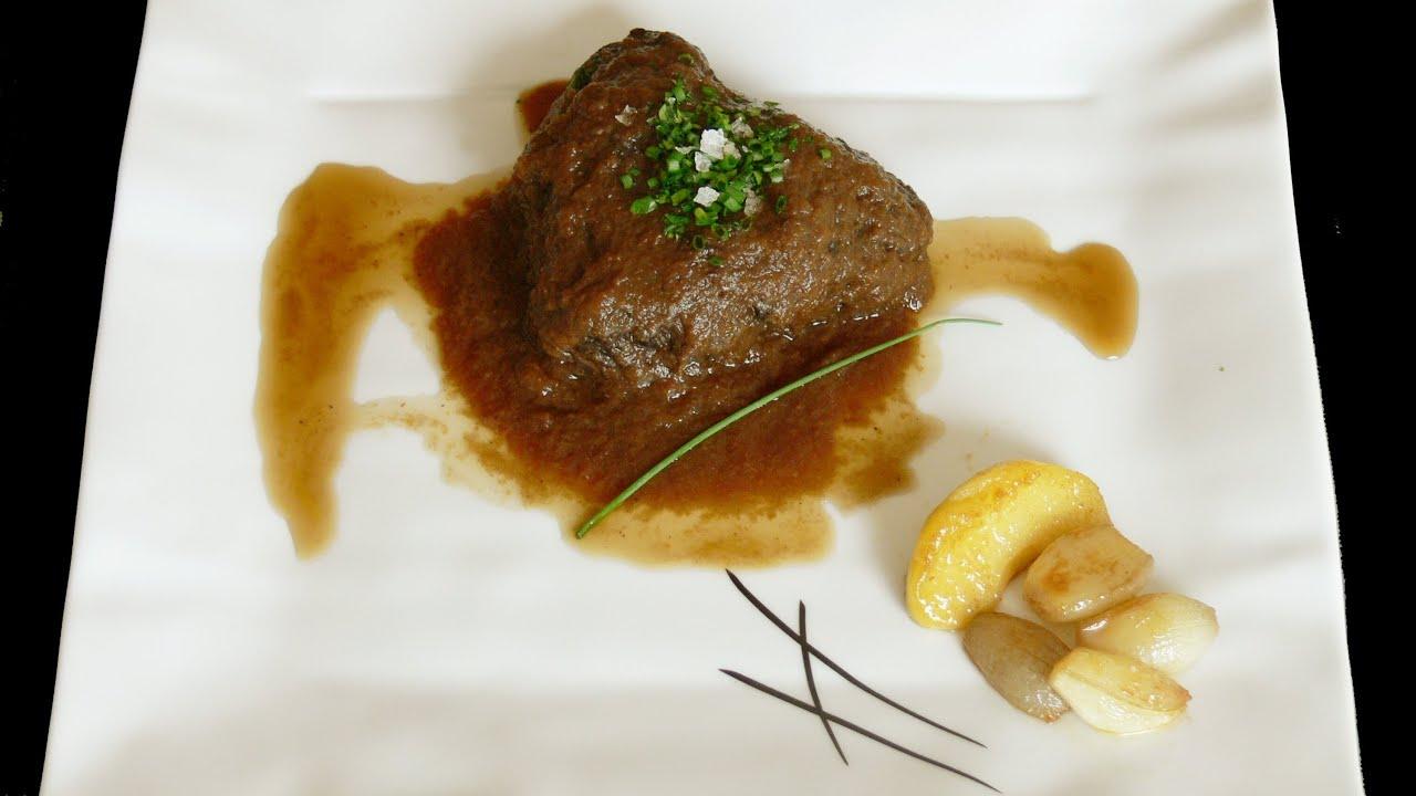 Robinfood carrilleras de cerdo guisadas martini con for Cocinar carrilleras de cerdo