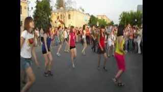 Танцевальный флешмоб .12 июня