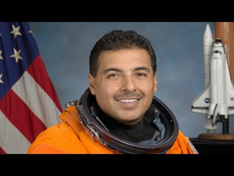 How Astronaut José Hernández Went From Migrant Worker to NASA ...