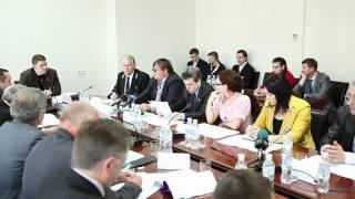 Александр Дубовой собрал круглый стол по законопроекту 9712