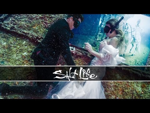 An UNDERWATER Wedding Photoshoot! from YouTube · Duration:  7 minutes 8 seconds