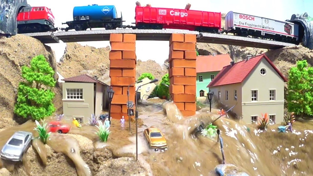 Train Crash After Bridge Collapse - Diorama Dam Breach