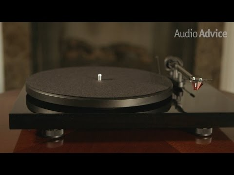 Pro-Ject Debut Carbon (DC) Turntable Review