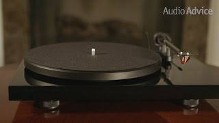 Gambar cover Pro-Ject Debut Carbon (DC) Turntable Review