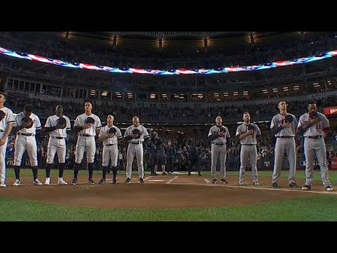2017 AL WC: Tveit performs national anthem before game