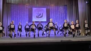 Супер детки выучили танец с нуля!!! в школе на ритмике)))