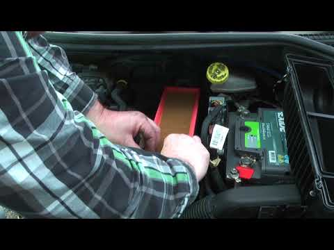 Luftfilter beim Peugeot wechseln