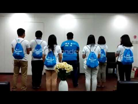 YSEALI Members Rehearse Fishackathon Cheer